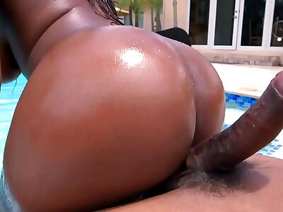 Hot black infant gets horny in the lead unify and starts sucking a big black locate
