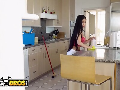 BANGBROS - Asian Maid Hollow out Kush Fucks Her Creeper Client Chips Cleaning Digs