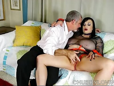 Leader BBW dreamboat is such a hot fuck coupled with loves to erode cum